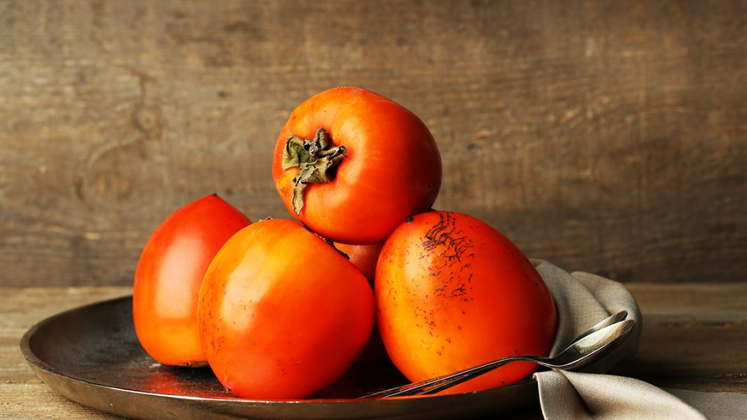 miraculous benefits of persimmons